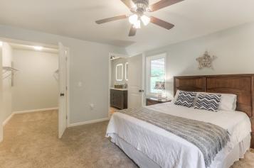 6-Master Bedroom en-suite Bath